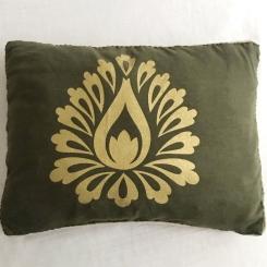 Almohadon verde militar con dorado
